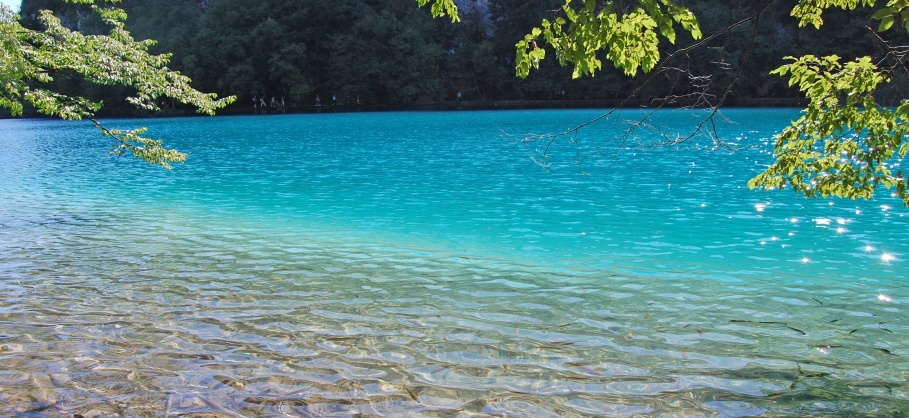 catálogo de viagens por liliana stahr lagos plitivice croácia há