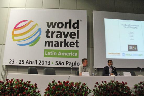Melvin e Keith na palestra Melhores Práticas para Blogs de Viagem que contou ainda com Oliver Gradwell, da TBU