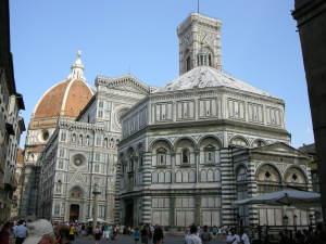 Piazza_san_giovanni_da_via_cerretani_firenze