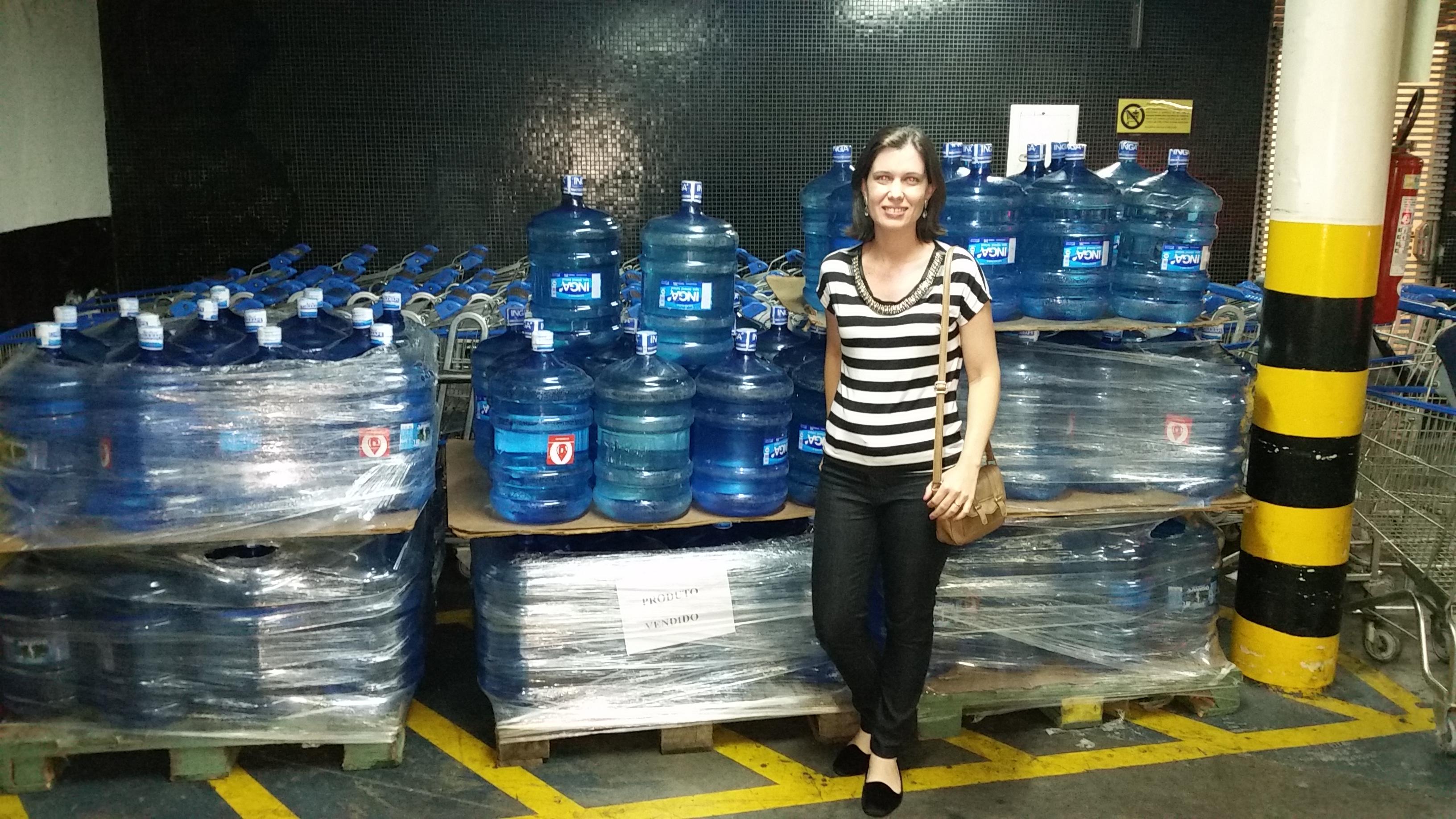 Doação de 2 mil litros de água